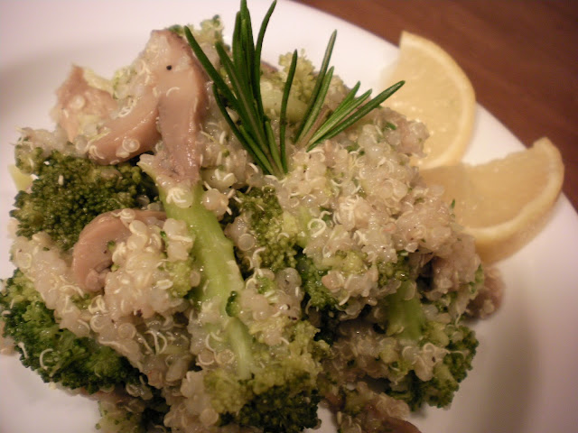 Lemon Rosemary Quinoa with Broccoli and Mushrooms