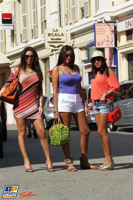 monaco grand prix 2011 grid girls. F1 Monaco GP 2011 Pit