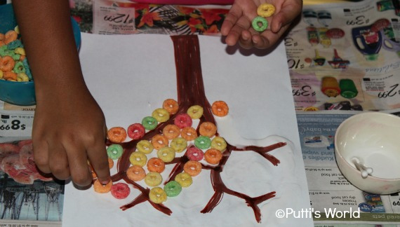Fall Kids Craft- Fruit Loops Collage