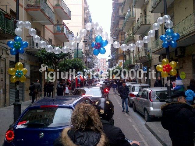 I giullari del 2000 palloncini cerimonie for Addobbi laurea