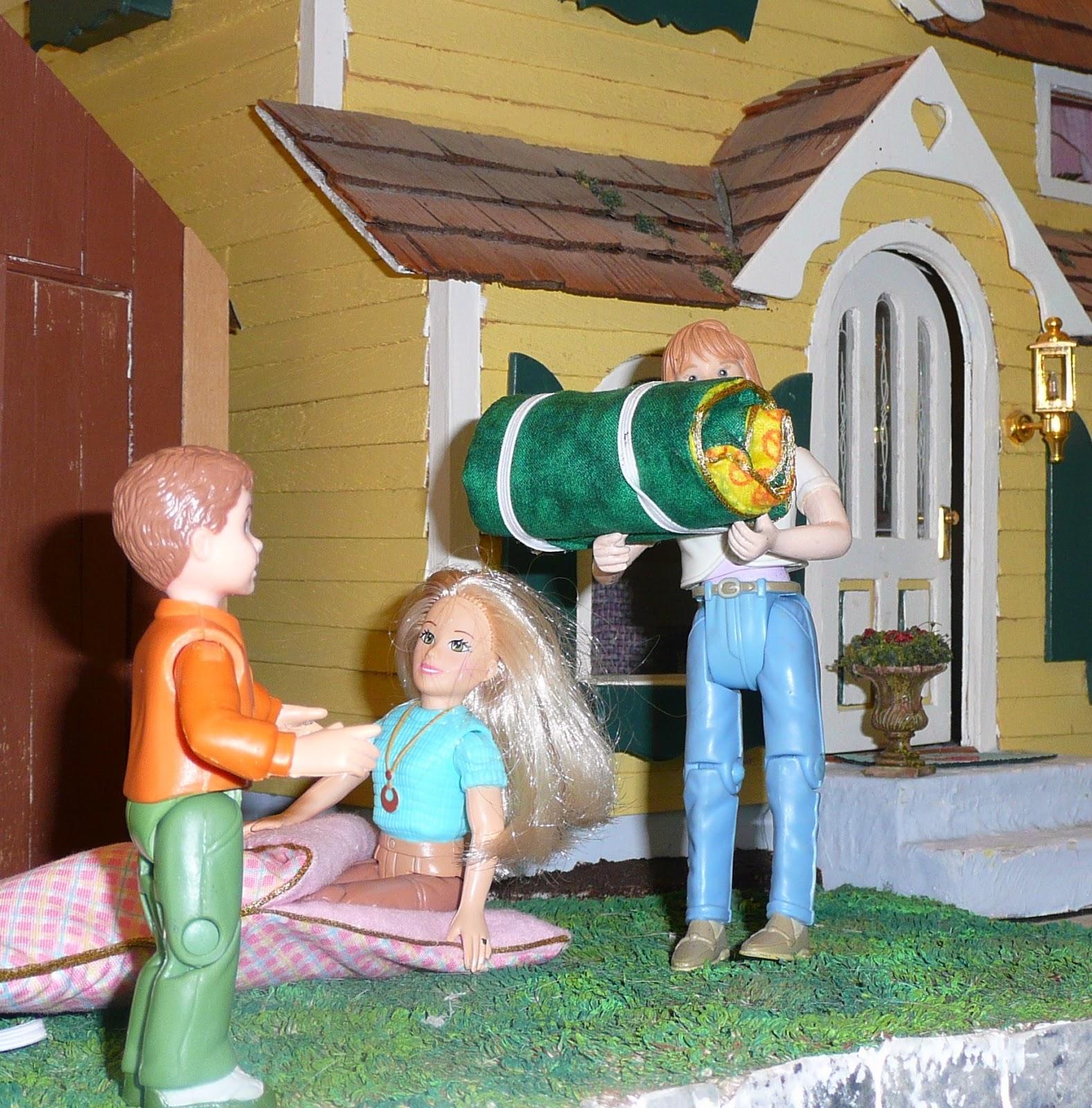 Joanne's Minis: Dollhouse Miniature Sleeping Bag