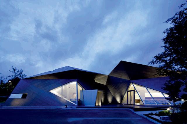 Karuizawa museum by yasui hideo atelier for Karuizawa architecture