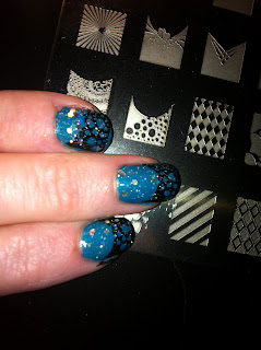 Nailart stamping black on blue