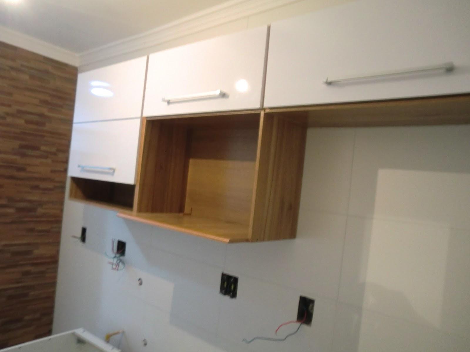 Cozinha reformada com moveis armarios prontos Bartira Casa e Reforma #8F663C 1600 1200