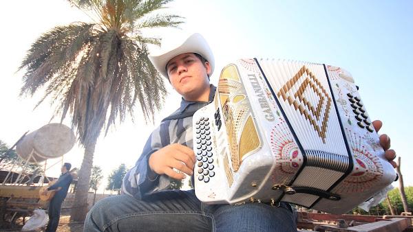 Descargar Remmy Valenzuela - La Ultima Batalla - Corridos Nuevos 2013