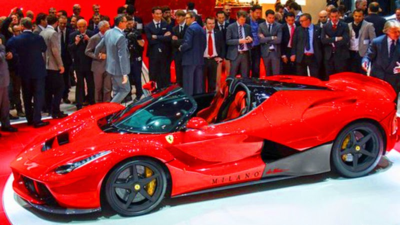 pr via us ferrari laferrari spider hybrid 2015. Black Bedroom Furniture Sets. Home Design Ideas
