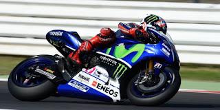 Lorenzo Catatkan Waktu Tercepat Sesi Latihan Bebas Pertama MotoGP Motegi 2015
