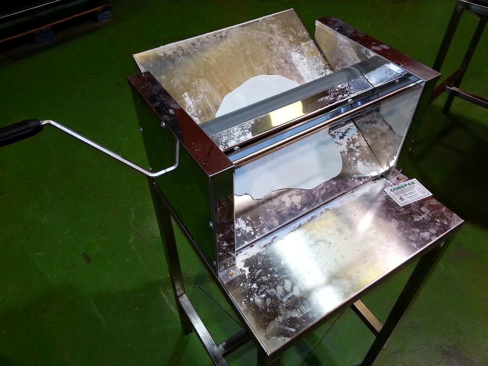 laminadora manual por palanca con masa
