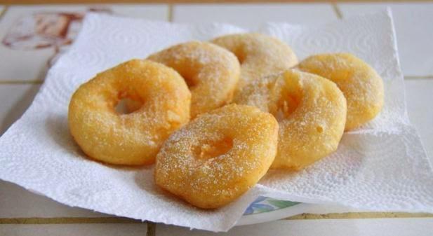 Les beignets des pommes