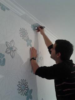 Acertar rebordos papel parede