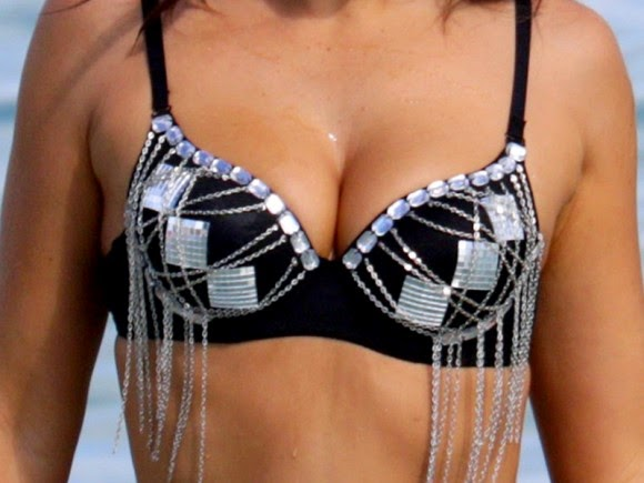 Claudia Romani, Claudia Romani bikini, Claudia Romani in MIAMI, Claudia Romani swimwear, who is Claudia Romani