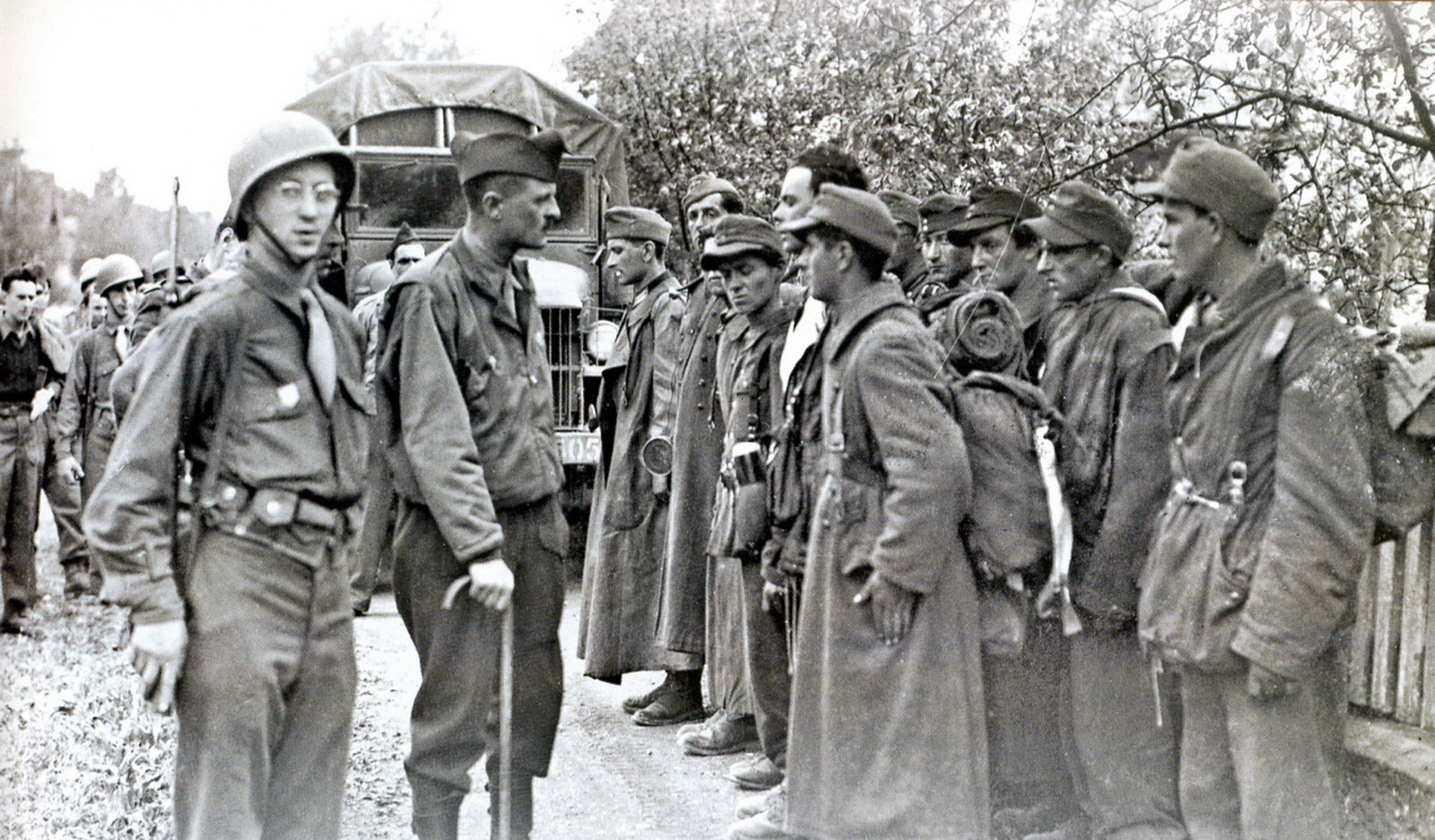 World war ii pictures in details general leclerc and - French div 2 ...