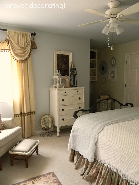 Forever Decorating!: Guest Bedroom Redo