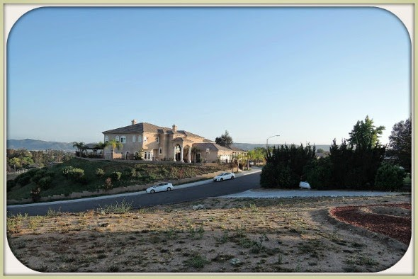 Have this .52 acres of Murrieta CA land and build the home that you always dreamed of.
