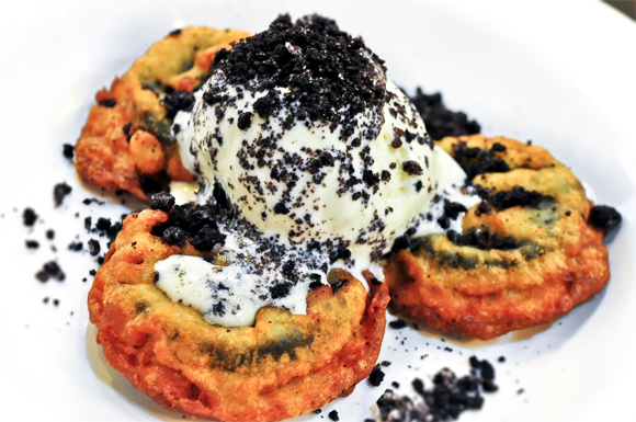 Foodie from the Metro - Chubby Chicken Katipunan Baked Fried Oreos