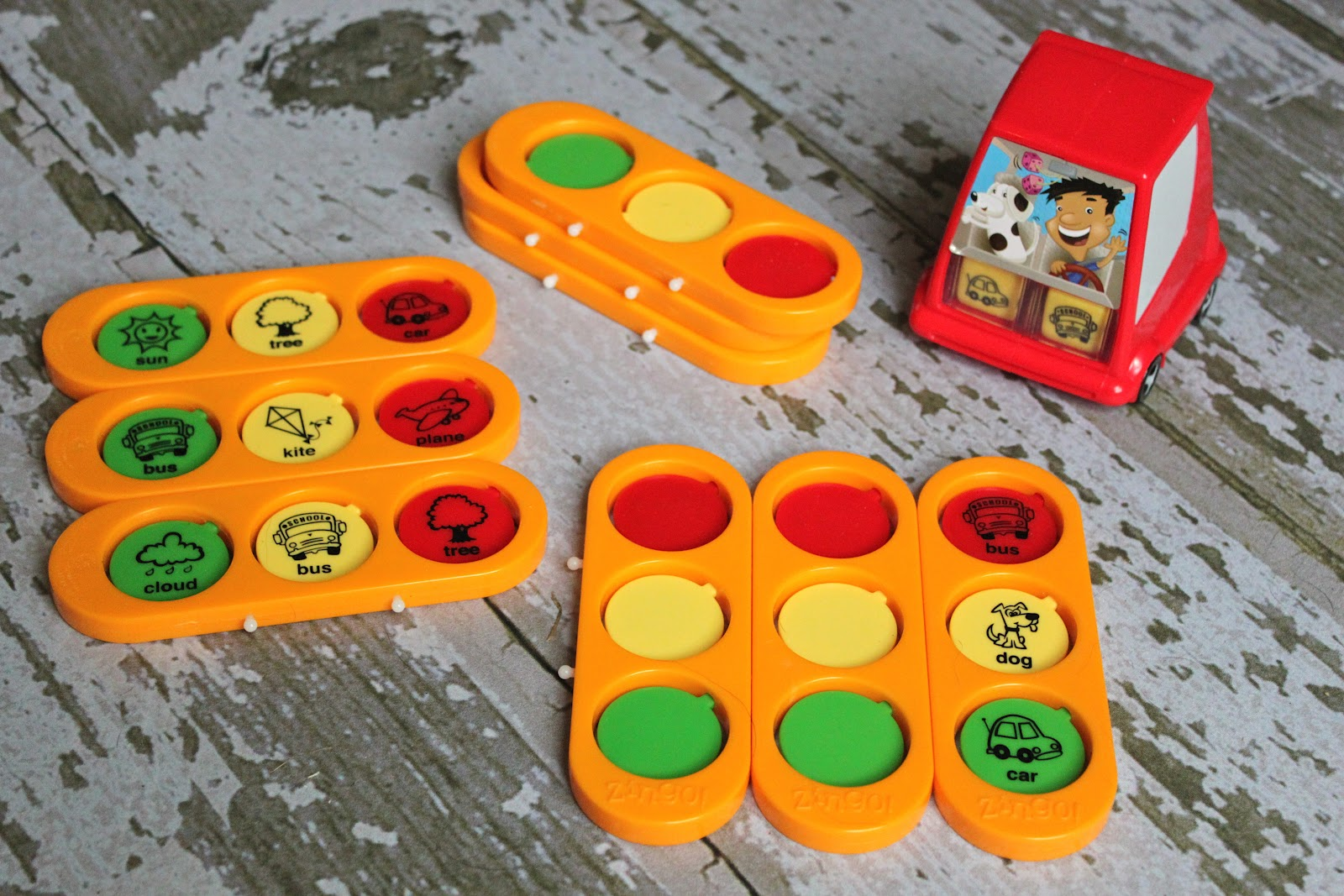 before we left i happened to find this really cool zingo to go travel game at toys r us what a find my kids love playing zingo at home and the travel