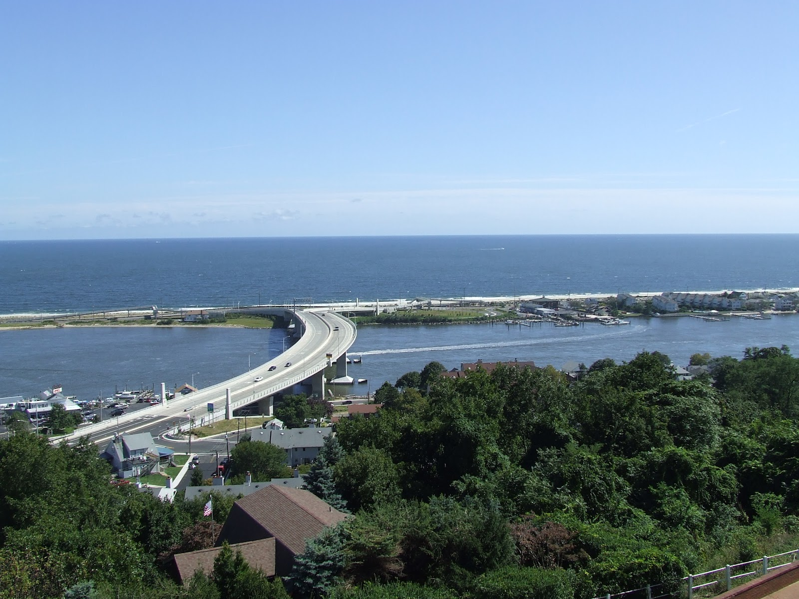 atlantic highlands Location and details for the atlantic highlands, nj seastreak ferry port.