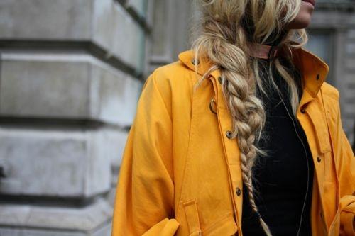 Домашнее фото блондинок со спины на аву