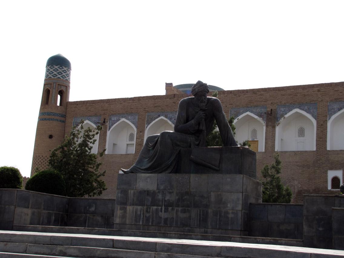 Uzbekistán, Khiva - Mohammed Al Kawarizmi