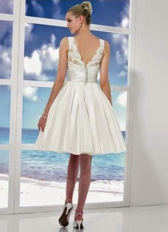 Vestido de Novia Corto con Escote Cuadrado