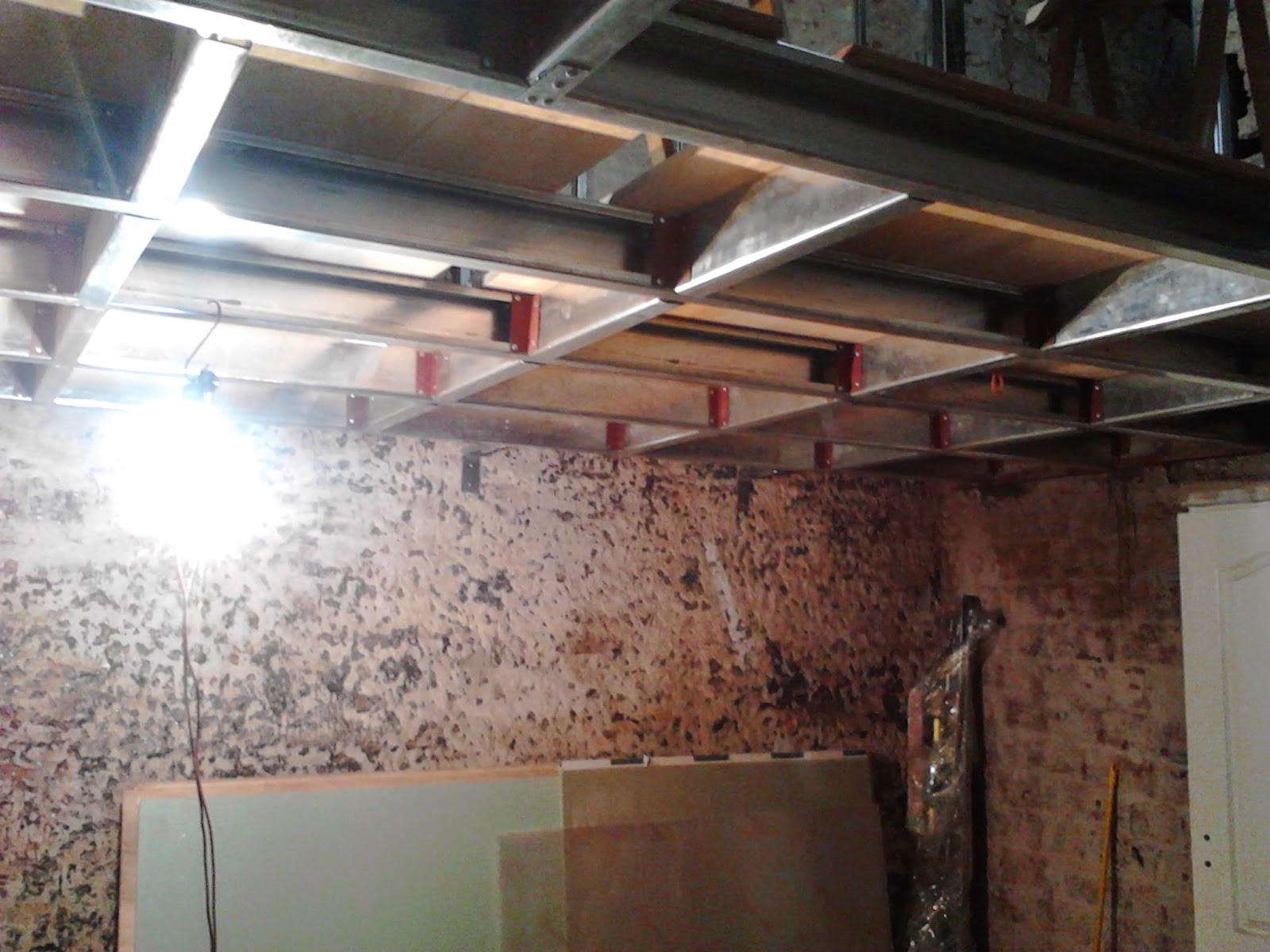 Construcci n de habitaci n con entrepiso remodelar un ph for Ladrillos traslucidos