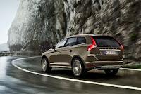 Volvo XC60 Premium Compact SUV