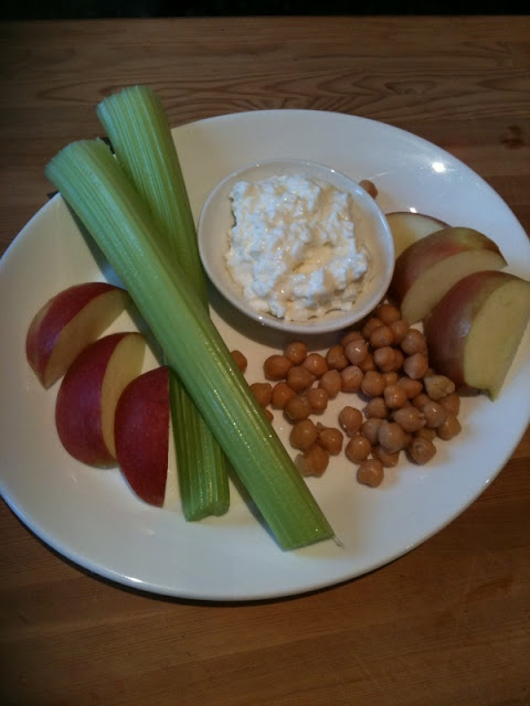 Chickpeas with with dip, http://georgebundlesfitness.blogspot.com/