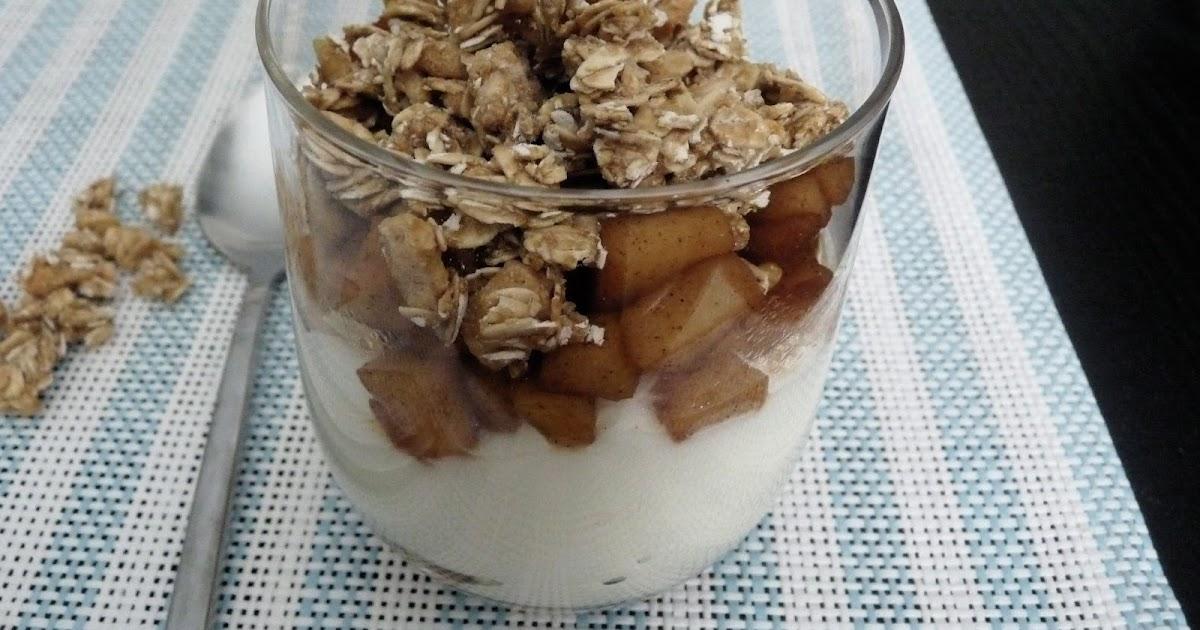 Edible Life in YYC: Vanilla Yogurt & Apple Compote Parfait