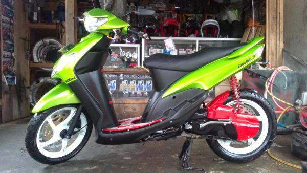 Top modifikasi motor mio sporty warna hijau
