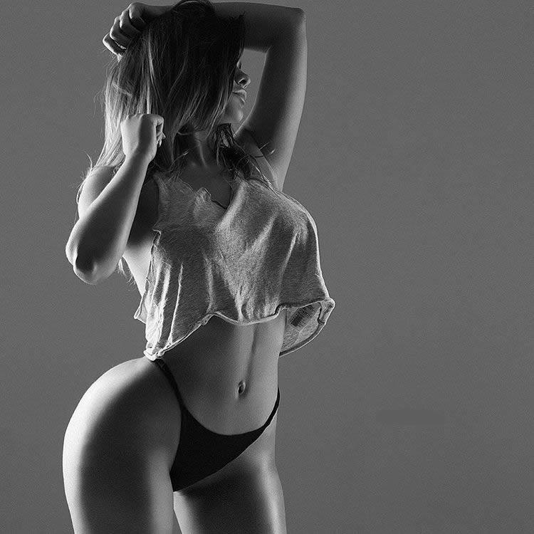 Sexiest Singers Naked  HotCelebritiesvkcom