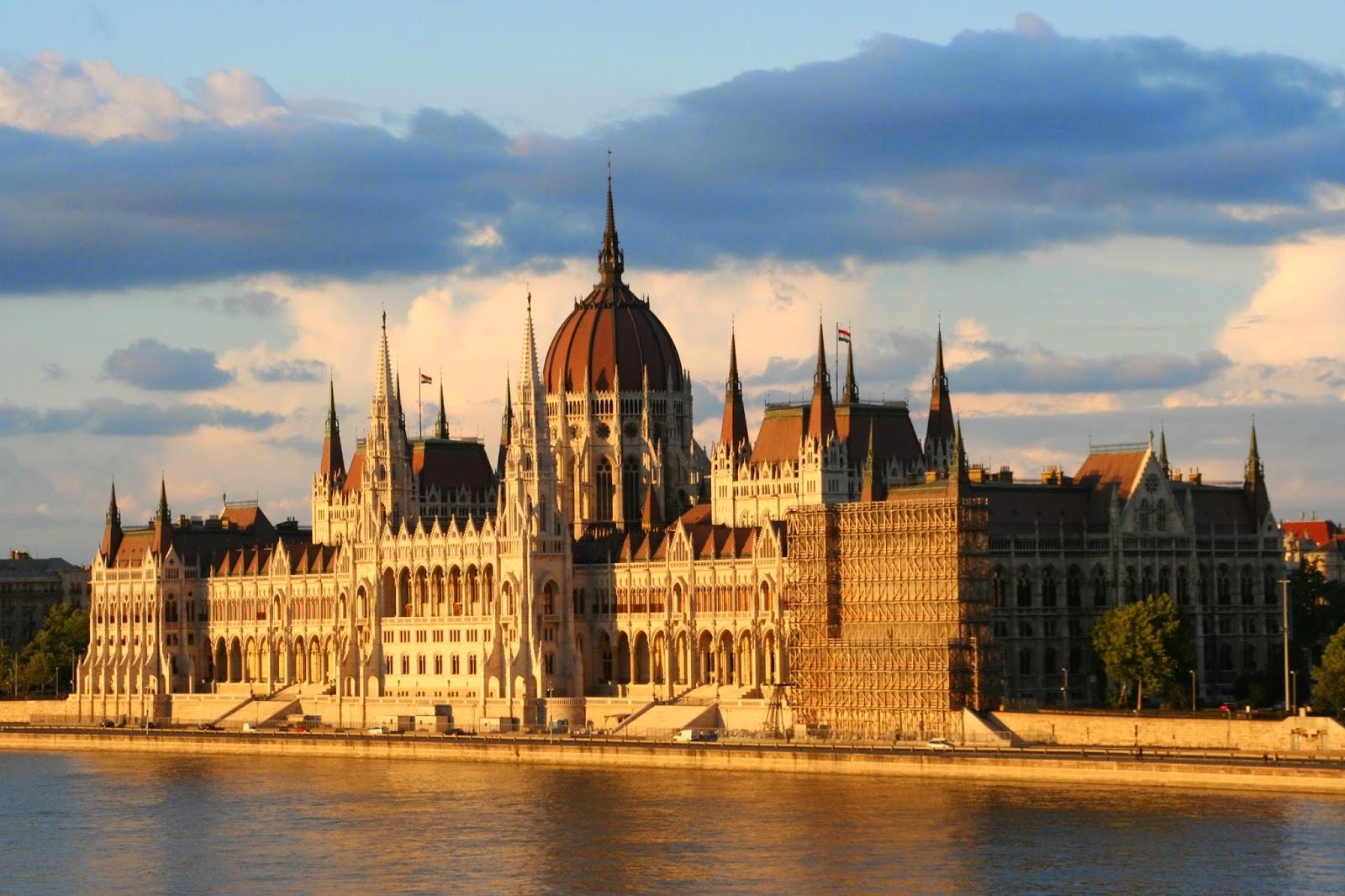 Den ungarske parlamentsbygning, Budapest