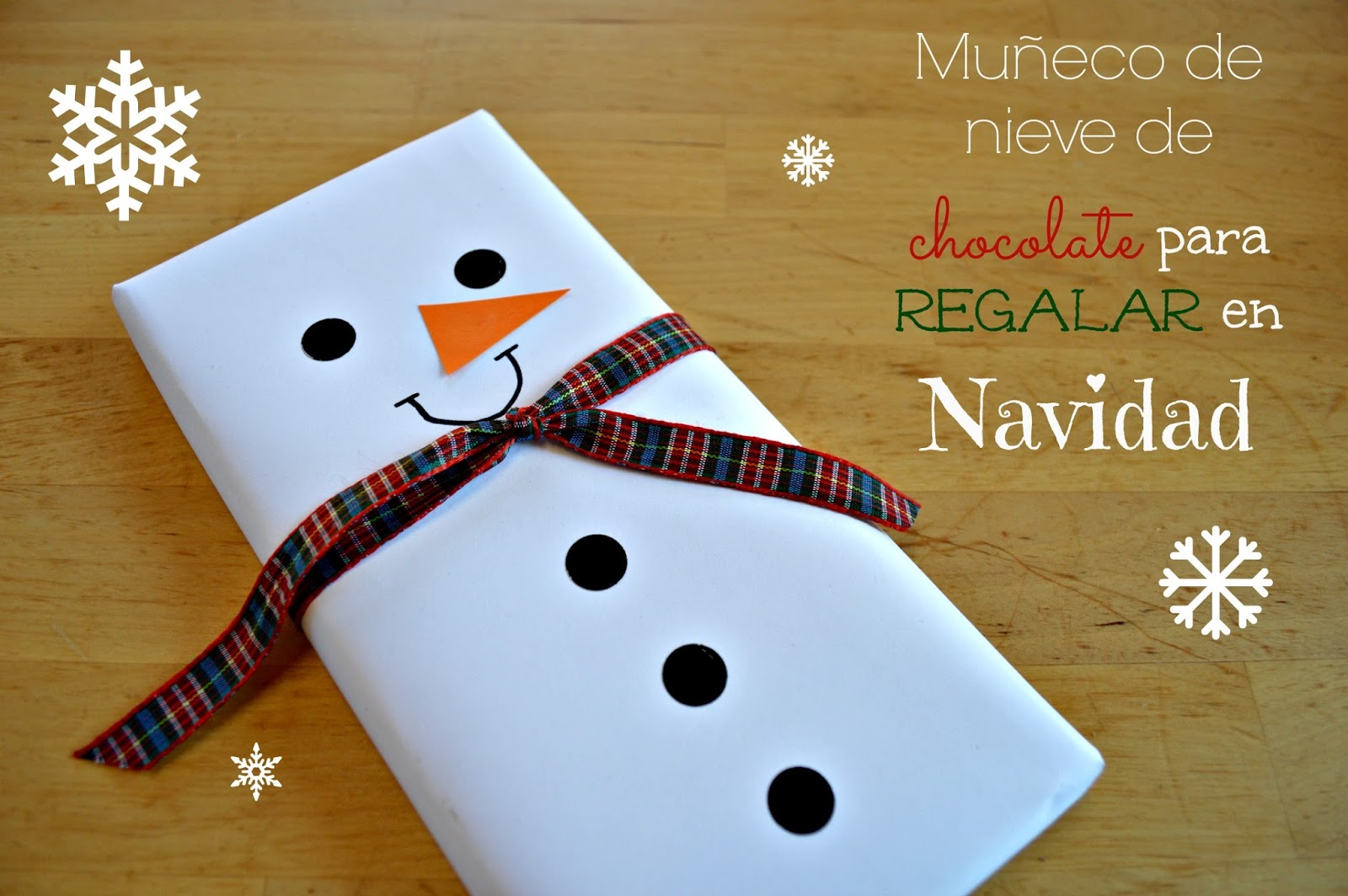 Tabletas de chocolate convertidas en mu ecos de nieve para for Ideas de detalles para regalar