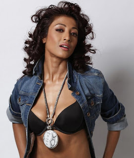 Paoli Dam Sexy Photo Shoot