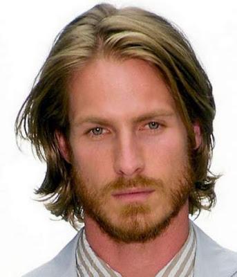 potongan rambut medium pria berjanggut