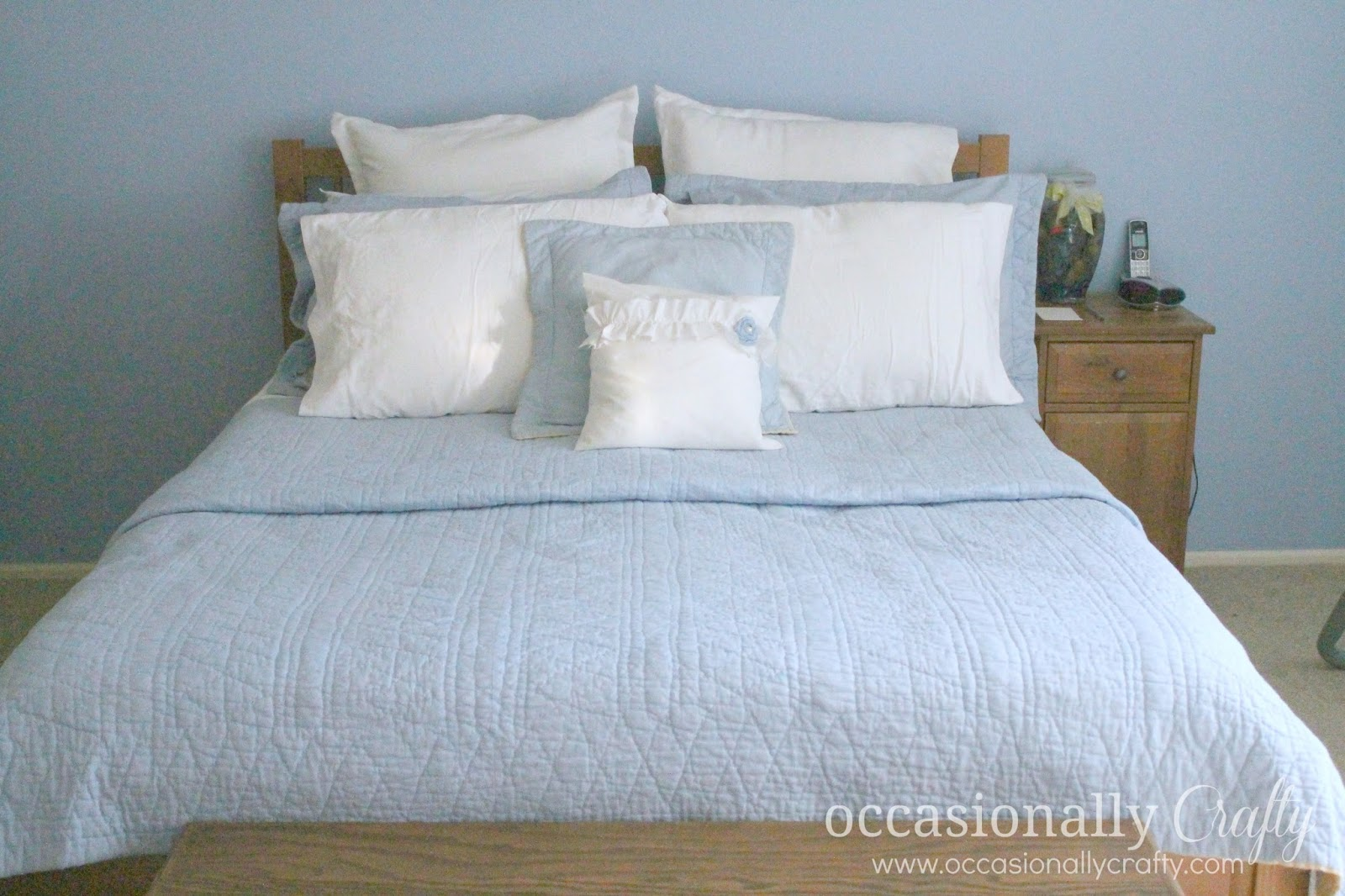 Master Bedroom Quilt master bedroom bedding makeover | occasionally crafty: master