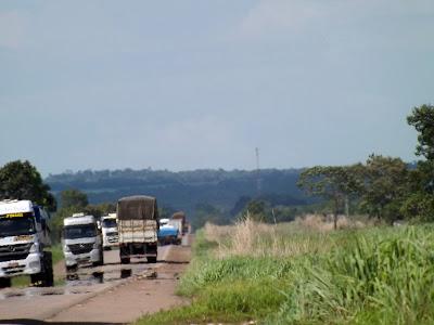 BR-153 em Goiás - Um Asno