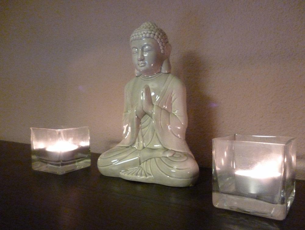 Todo yoga practicar yoga en casa - Musica para hacer yoga en casa ...