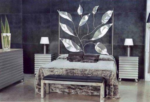 Decoraci n de interiores dormitorios de forja espacios - Decoracion cabeceros cama ...