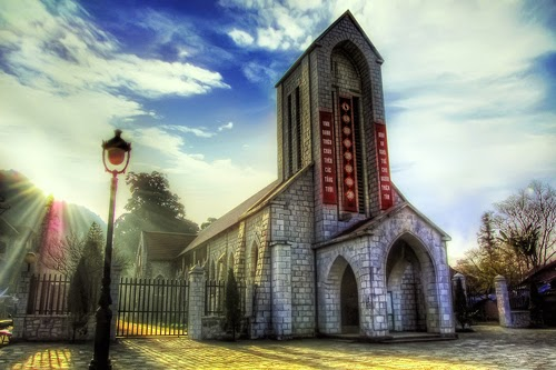 Enjoy Noel at top 5 churches in Vietnam