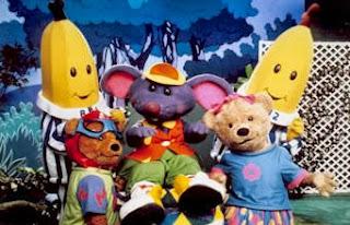 Bananas de Pijamas (Bananas in Pyjamas) - B1 e B2 com amigos (Rato de Boné)