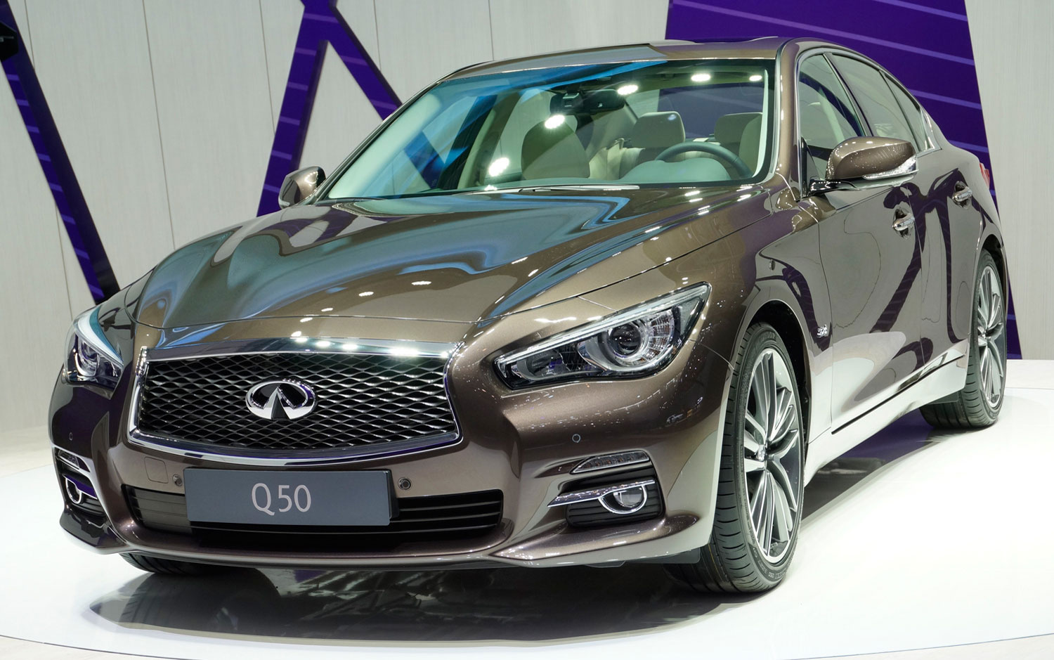 cars model 2013 2014 2014 infiniti q50 debuts in geneva with diesel manual transmission model. Black Bedroom Furniture Sets. Home Design Ideas