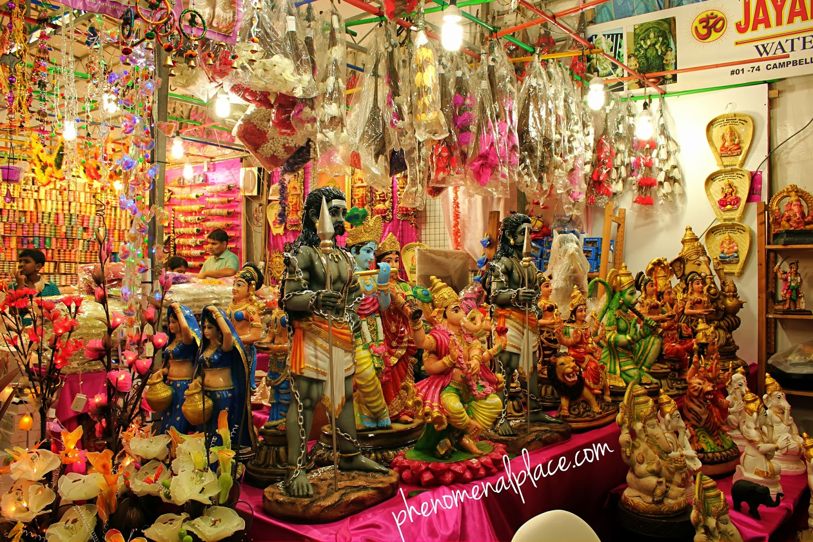 Little India - Singapore's Best Attraction ~ Places on the ...