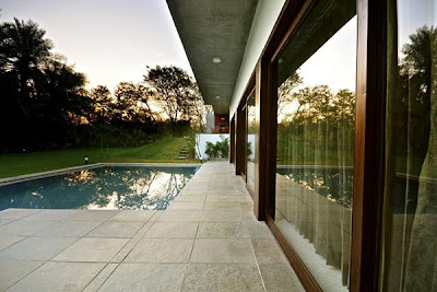 http://www.interior-minimalis.com/2013/06/Desain-Rumah-Minimalis-1-Lantai.html