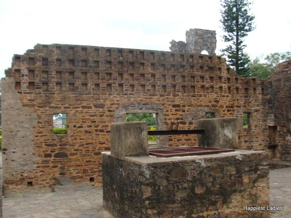 kitchen well at kittur palace