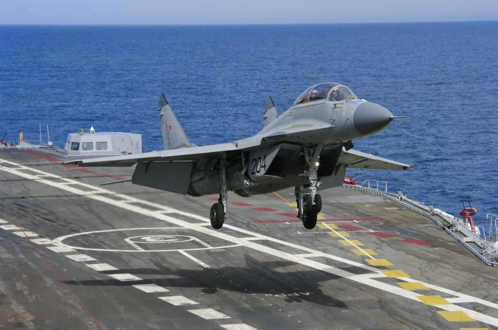 Revelada causa do acidente com MiG-29 do Porta-aviões Almirante Kuznetsov no Mediterrâneo