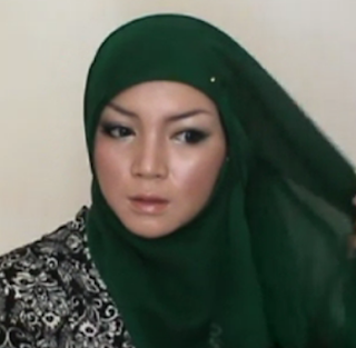 Tutorial Hijab Paris Simple Tapi Cantik dan Menarik 2015 Terbaru