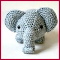 Mini elefante amigurumi