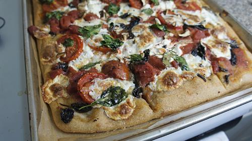 Pots & Dishes: Goat Cheese and Shiitake Mushroom Pizza