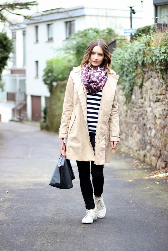 Outfit Basics and Prints Trenchcoat