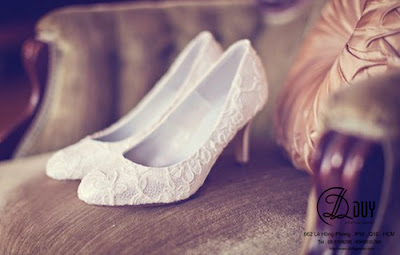 chọn giày cho cô dâu thêm phần tự tin trong ngày cưới